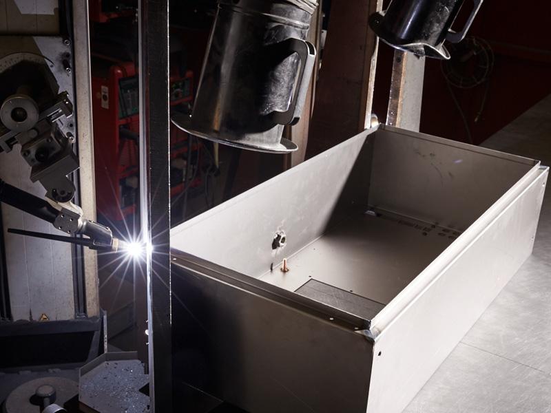 Eckautomat automatisches Schweißen MAG2 Gehäuse