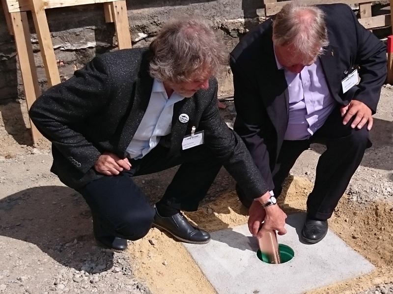 Grundsteinlegung Hallenneubau der caleg-group in Calau